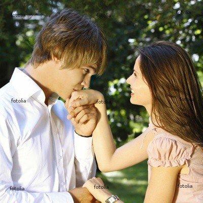 C'est l'élégance simple qui nous charme La délicatesse des gestes révèle celle des sentiments..!!!