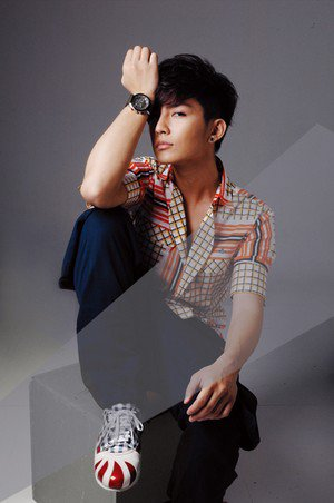Aaron Yan  VS  Lee Seung Gi