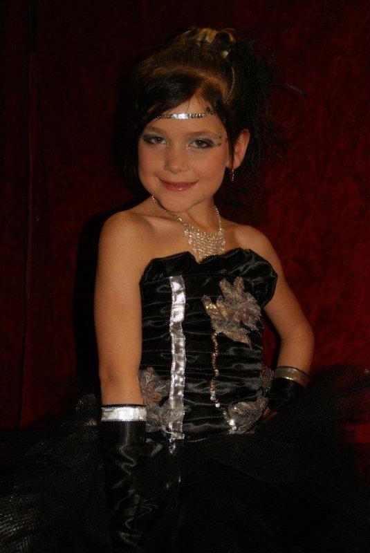 robe argent et noir  10 ans