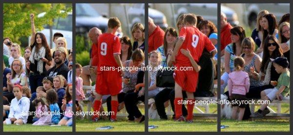 Selena Gomez à un match de foot aux assistés de Justin bieber Le 3 Juin 2011