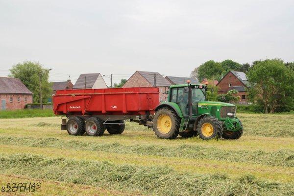 Ensilage d'herbe 2015