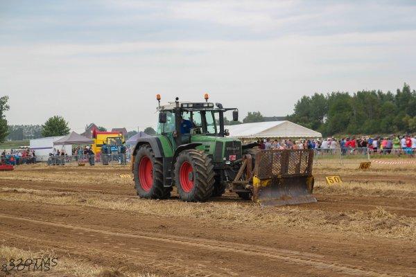 Concours de traction à Tourpes 2015
