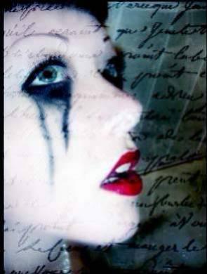 Une plume, une écriture, une amie...