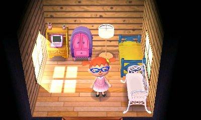 La maison de Laura et sa nouvelle coupe de cheveux.