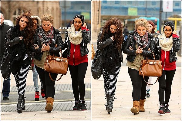 05/02/13  :  Jesy, Leigh-Anne et Jade se baladaient dans Liverpool en Angleterre.
