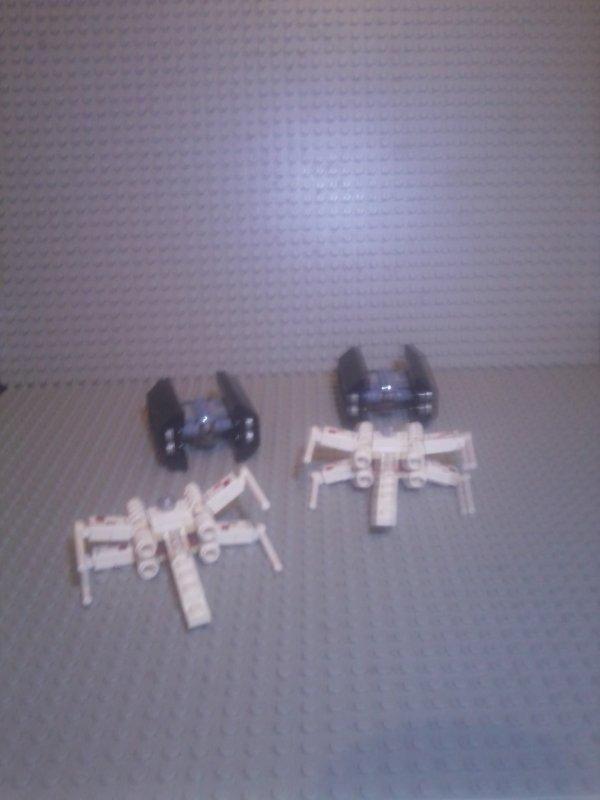 4484 mini x-wing et tie