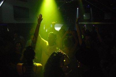 DJ PuSsY -  ( Battle mix vs DJ MixInsSistance ) - 2011