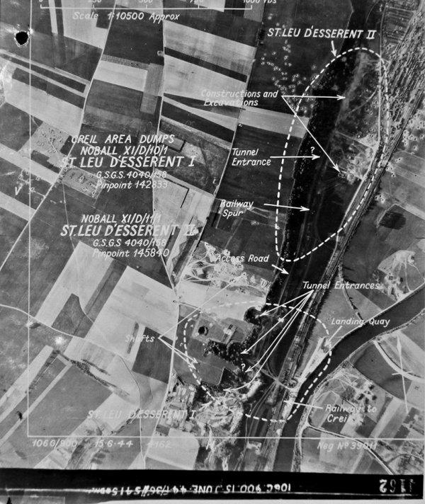 Vue aérienne alliées du complexe souterrain des bombes V1 de St Leu d'Esserent avant les bombardement juin 1944