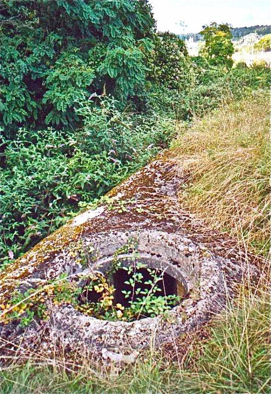 Le dessus du bunker qui gardé l'entrée St Christophe aujourd'hui bouché