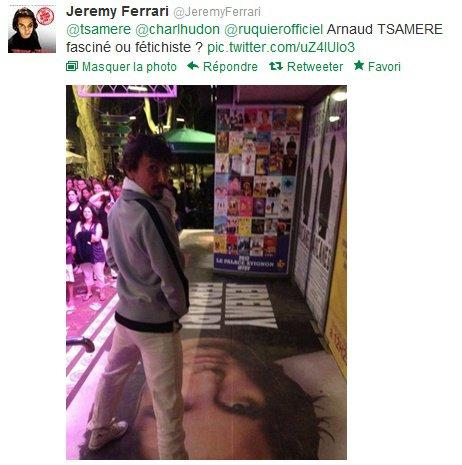 Arnaud Tsamere, jaloux de l'affiche de Jérémy Ferrari...