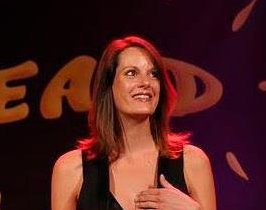 Arnaud Tsamere fête l'anniversaire de Lorraine Houpert au FIEALD
