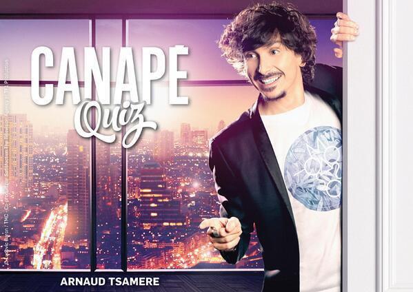 """Arnaud Tsamere, présentateur de la nouvelle émission """"Canapé Quiz"""""""