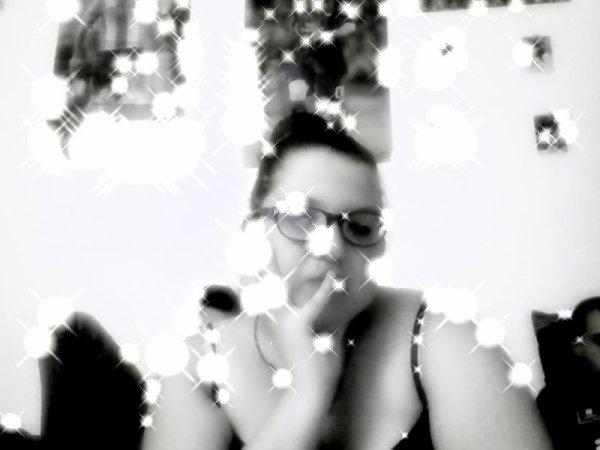moi kand je me fait chier plus une photo de moi et ma cherie d'amour