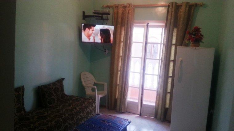 Salon 2 lits d 39 une personne possibilite d 39 un 3eme lit - Salon de chat algerie ...