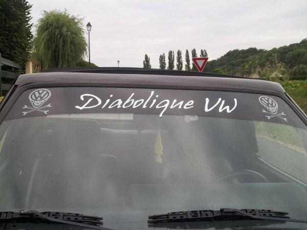 """réalisation bande par-soleil """"diabolique VW"""""""