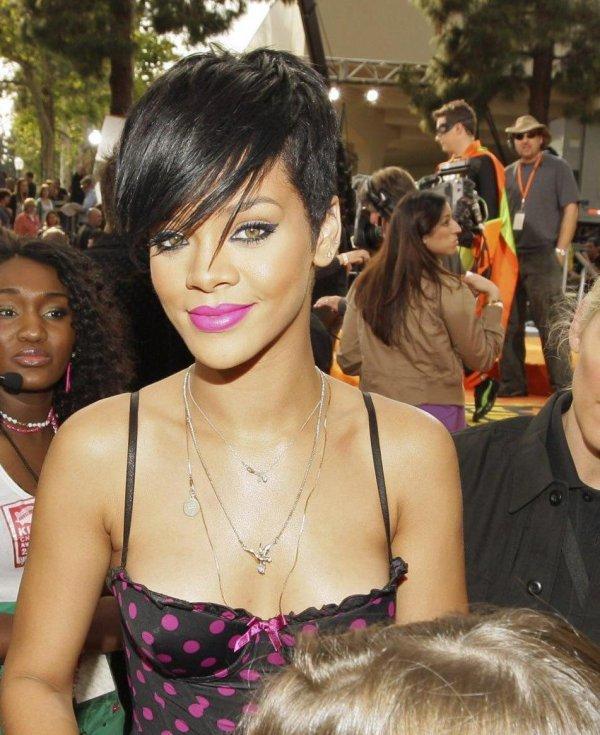 Rihanna (2008)