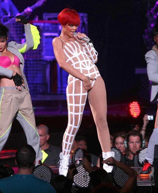 Rihanna (2010)