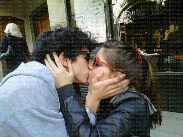 _    VANESSA LEIRO EN COUPLE AVEC L'ACTEUR FELIPE VILLANUEVA ??  _