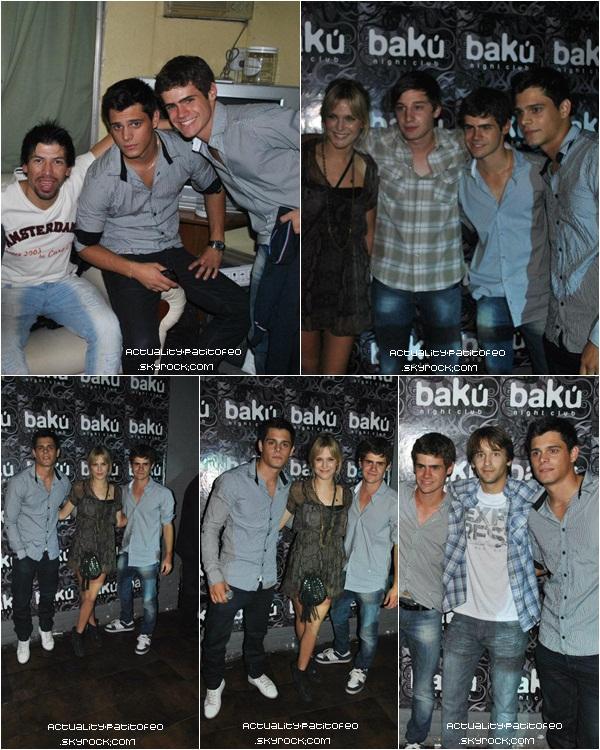 _  21/04 Gaston et ses deux co-stars dans '' Los Graduados '' ont fait une apparition dans une boite nommée Baku. _