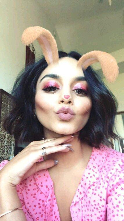 Vanessa fait du sport et poste des photos sur snapchat