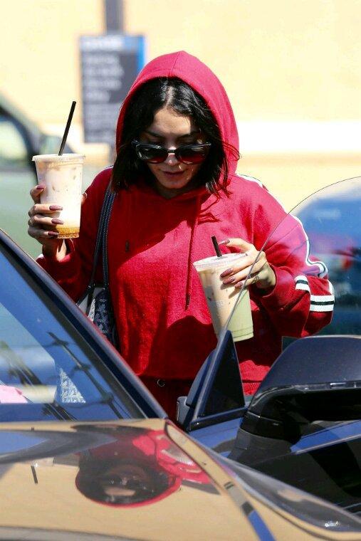 Vanessa fait du shopping et du sport