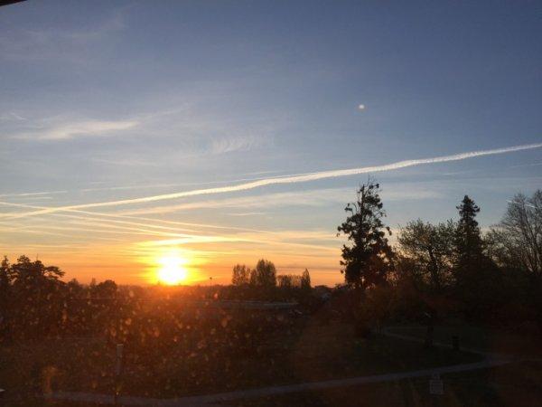 Lever de soleil à la tour de Gassies