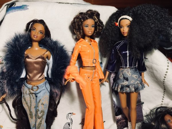 Trois Barbie