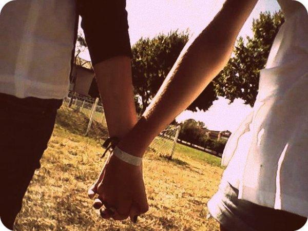 T'es le jamais de mon toujours. T'es mon amour t'es mon amour.