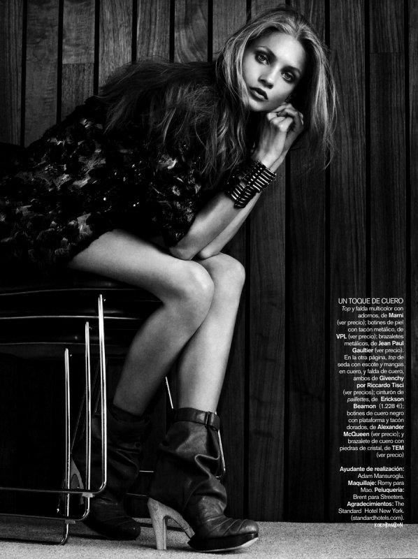 Vogue Spain - aout 2010