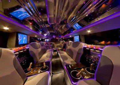 L int rieur d une voiture de luxe l interieur d une l for Interieur voiture de luxe