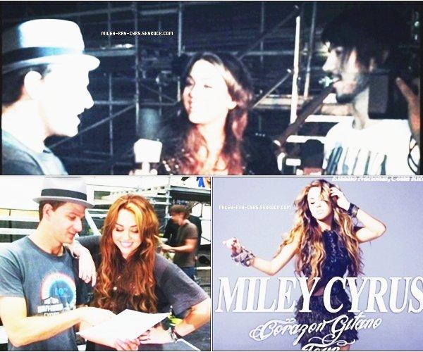 16.03.11 > 2 nouvelles photos pour les répétitions du Gypsy Heart Tour. + 1 nouvelle photo du photoshoot pour les affiches promotionnelles.