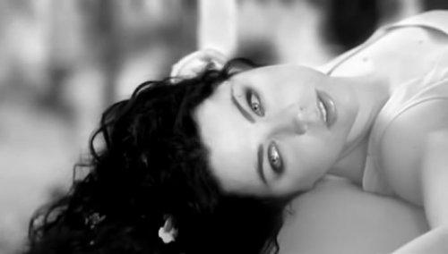 """""""Quiconque veut oublier peut toujours essayer."""" - Mona Latif-Ghattas."""