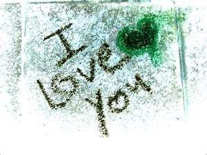 << Contrairement à ce qu'on croit, les chagrins d'amour ne durent pas pour toujours >>