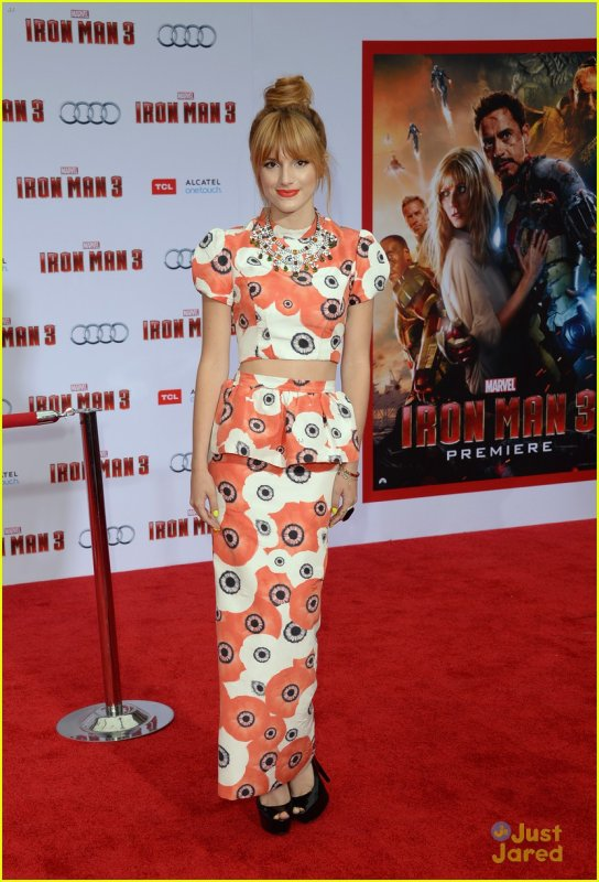 """Bella à la première du film """"Iron Man 3"""" le 24 avril 2013."""