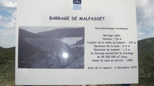 Venez découvrir Fréjus : ses plages, ses espaces verts, son amphithéatre....