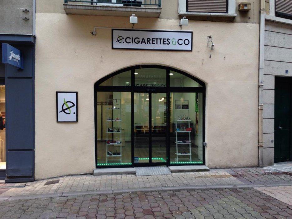 Ventes de cigarettes electroniques et de  liquides pour cigarettes électronique de très bonne qualité