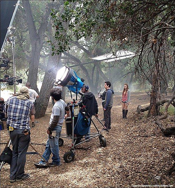Teen Wolf | Dylan est de retour sur le tournage de la saison 5B qui sera diffusé en Janvier 2016 !