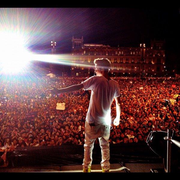 Le monde avec Justin.
