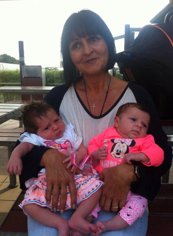 Mamie, Nhélya & Lilas