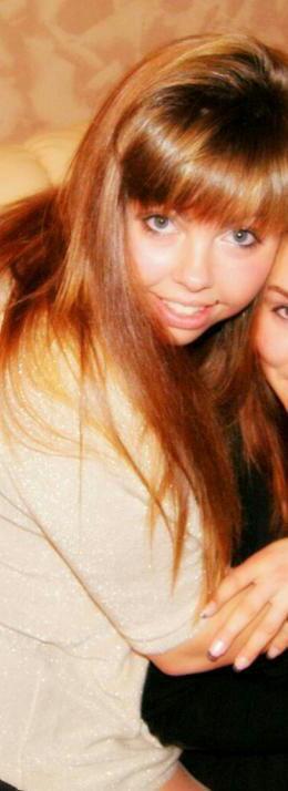 Amélie.18 ans.En couple Joris <3