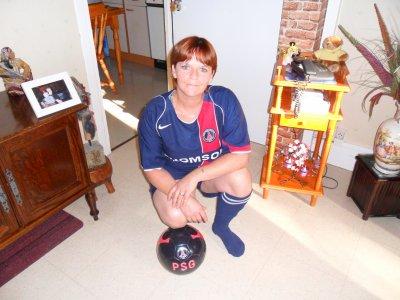moi et mon club de toujours ^^ PSG<3