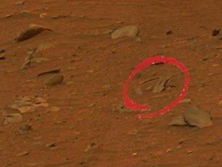 Une épave d'ovni sur Mars!