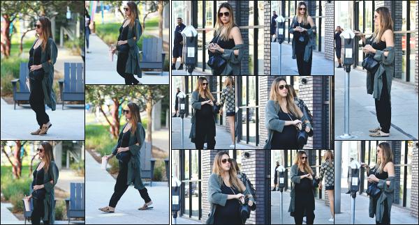 - 22.11.17 ─ Notre ravissante Jessica Alba  est photographiée, arrivant à son bureau dans la ville de Santa Monica !![/s#00000ize]Plus tard dans la journée, en début d'après midi, nous l'avons allant au magasin Vince dans les rues de West Hollywood ! Toujours des tenues sombres !  -