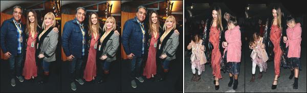 - 12.12.17 ─ Notre Jessica Alba  était présente à la première du spectacle « Cirque du soleil : Luzia » à Los Angeles ![/s#00000ize] Jessica y est allée en compagnie de toute sa petite famille ! Les filles se cachent d'ailleurs des paparazzis, comme des petites starlettes ! Une jolie tenue !   -