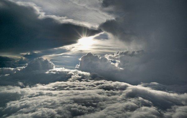 j aime 6/6 mer en bas, ciel en haut !! Levé de soleil.. Aube..Aurore ... c est trop des fois la terre ..
