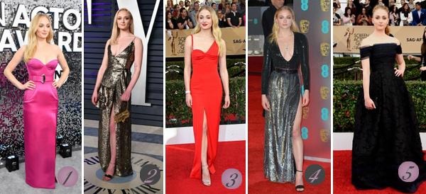 Sophie Turner's Look : Cet article regroupe les plus beaux look de Sophie, connue pour son rôle de Sansa Stark dans Game Of Thrones. Quelle(s) tenue(s) préférez-vous ? Celle(s) que vous aimez le moins ? Aimez-vous Sophie ? Mes préférées : 3 (♥), 4, 7 (♥).