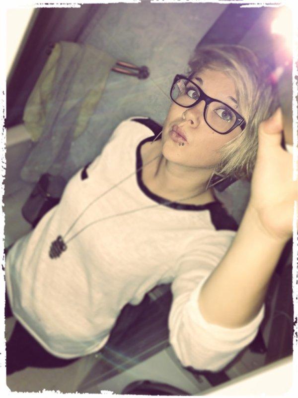 MamZelle Kamille ( .♥. )
