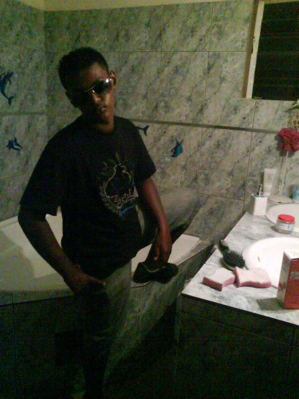 flocon dancehall / Laurious dub remixé par Dj_Snipe (2010)