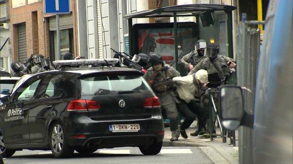 URGENCE : ATTENTATS DE PARIS SALAH ABDESLAM ARRETTER en Belgique !!!