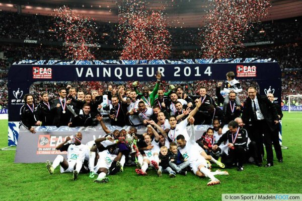 football saison 2012-2013 : Guingamp remporté la coupe de France face au Stade Rennais !